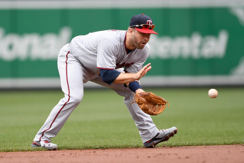 BALTIMORE, MD - APRIL 01: Brian Dozier #2 of the Minnesota Twins fields the ball in the second inning against the Baltimore Orioles at Oriole Park at Camden Yards on April 1, 2018 in Baltimore, Maryland.  (Photo by Greg Fiume/Getty Images)