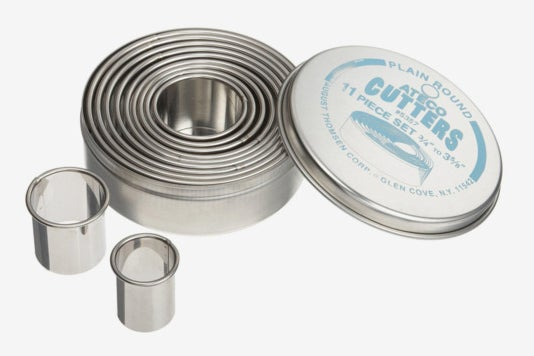 Ateco 5357 Plain Edge Round Cutters in Graduated Sizes.