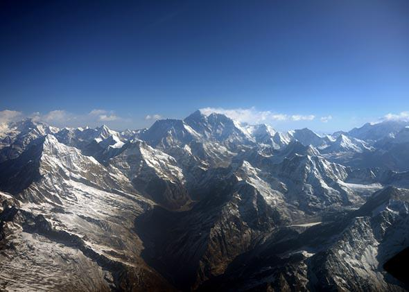 Mount Everest (center) and the Himalayas in 2013