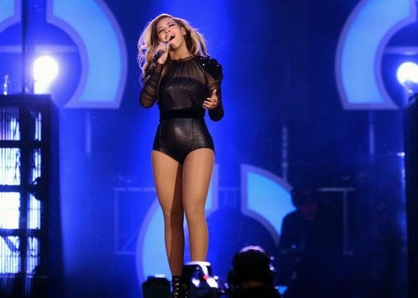 "Beyonce performs on stage at the ""Chime For Change: The Sound Of Change Live"" Concert at Twickenham Stadium on June 1, 2013 in London, England."