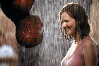 Tobey Maguire catches Kirsten Dunst in his web