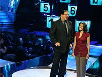 Penn Jillette and a contestant on Identity. Click image to expand.