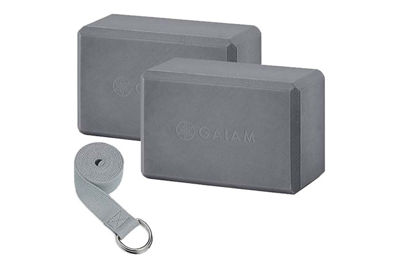 Gaiam Essentials yoga block and strap set
