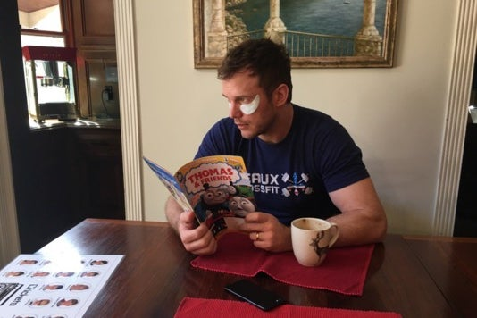 Chris Pratt wearing the Klorane Smoothing and Relaxing Patches.