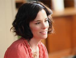 Parker Posey in Bored to Death. Click image to expand.