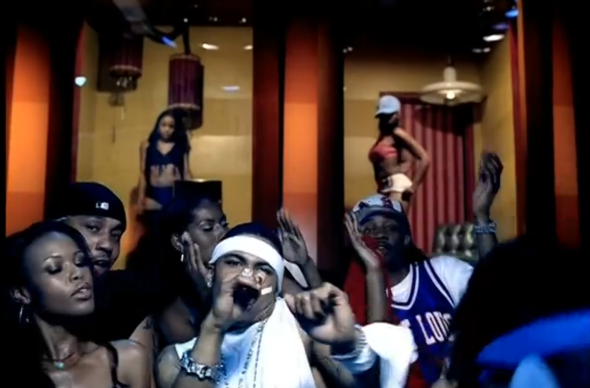 "Nelly's ""Hott in Herre"" music video"