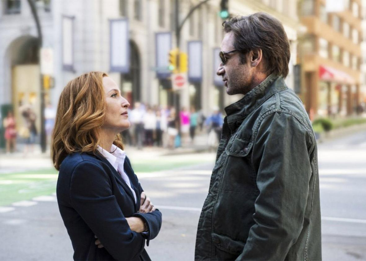 Still of Gillian Anderson and David Duchovny in The X-Files.