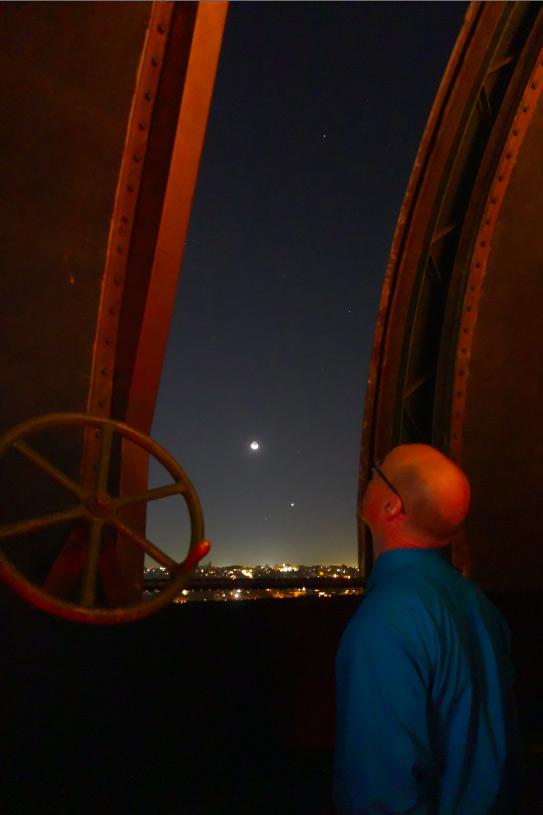 Phil Plait, the Moon, and Venus over Australia