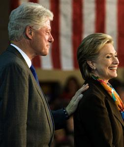 Bill and Hillary Clinton. Click image to expand.