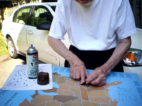 Les Gregor laying down North Carolina on his original light Gatorfoam map.