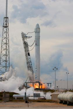 SpaceX test firing the Falcon 9 rocket