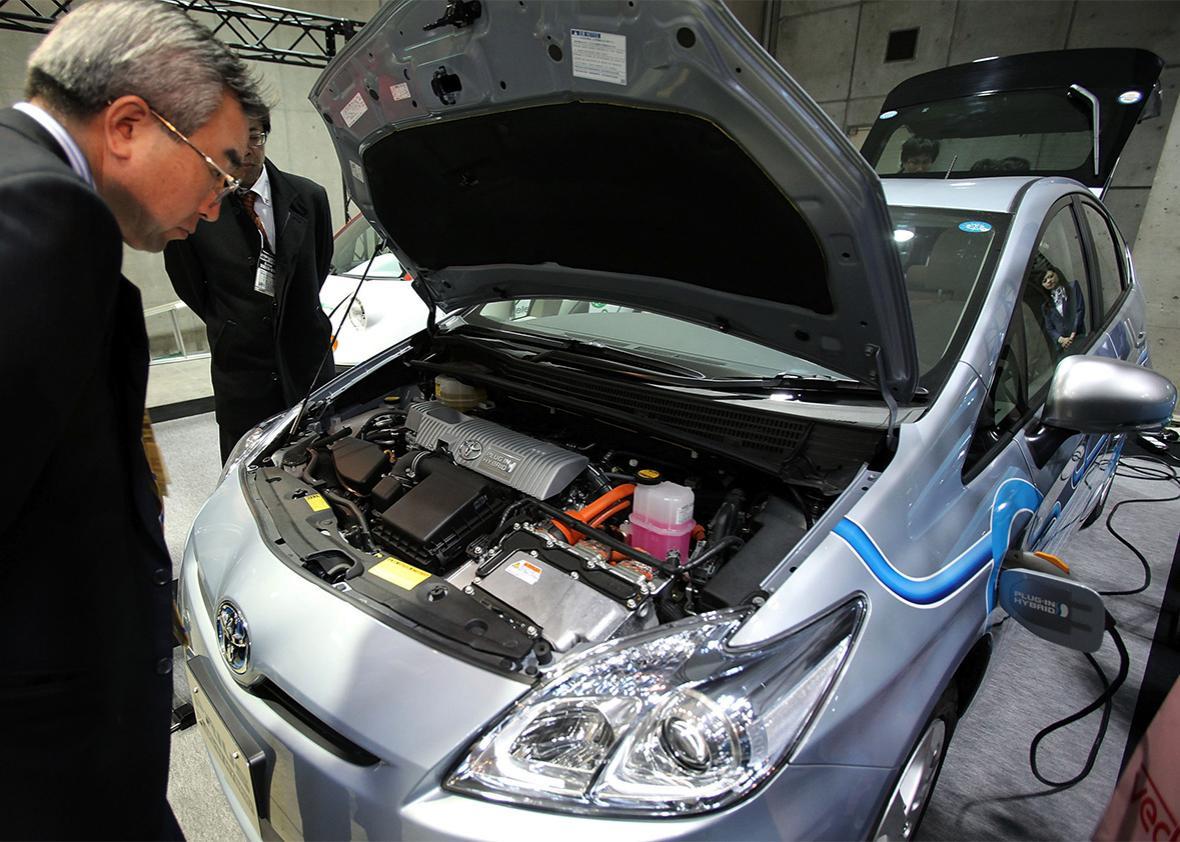 hybrid electric vehicle Prius Plug-in Hybrid.