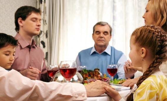 Family at Thanksgiving.