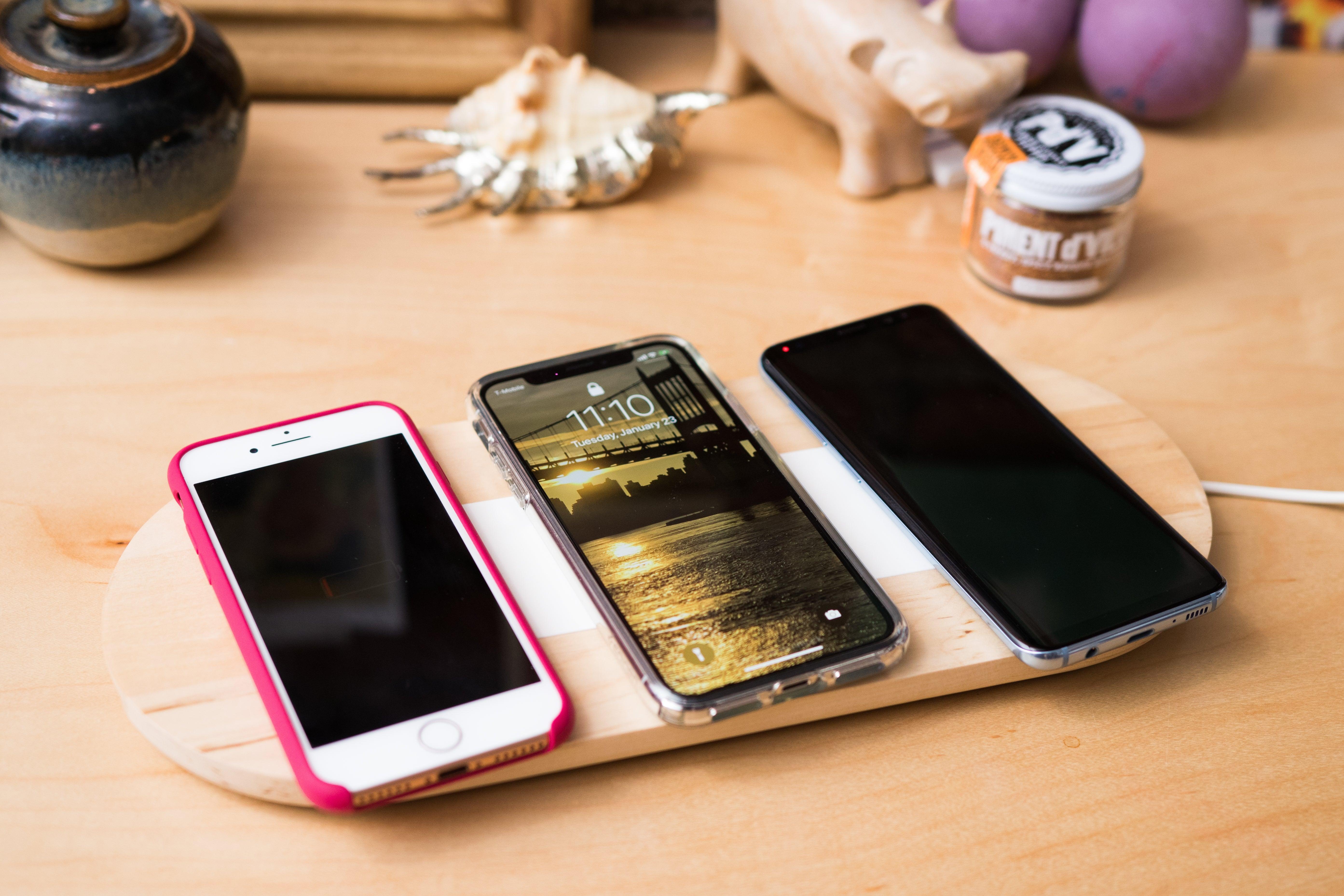 Phones on the IKEA Nordmärke triple pad