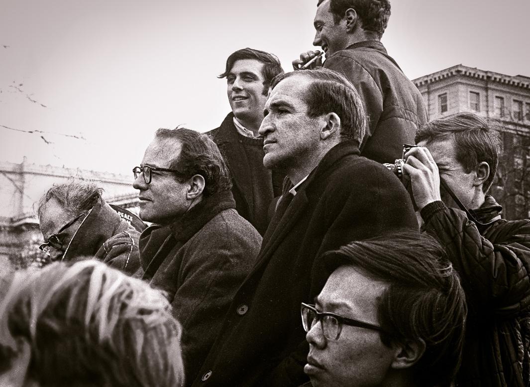 Podium, anti-Vietnam war demonstration (Arthur Miller, William Sloane Coffin, William Styron), New Haven, Connecticut, March 1968.