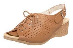 Worishofer Women's 583 Slingback Sandal.