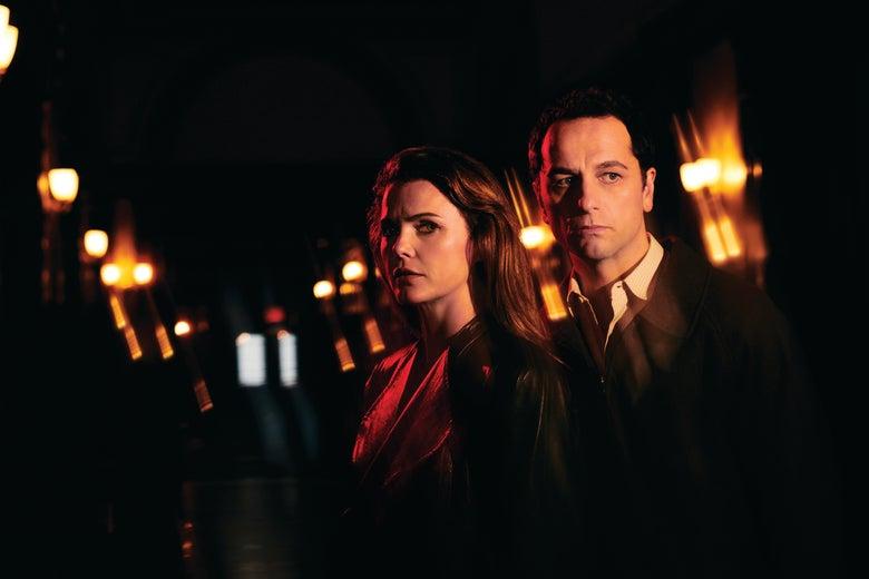 Keri Russell as Elizabeth Jennings and Matthew Rhys as Philip Jennings in The Americans.