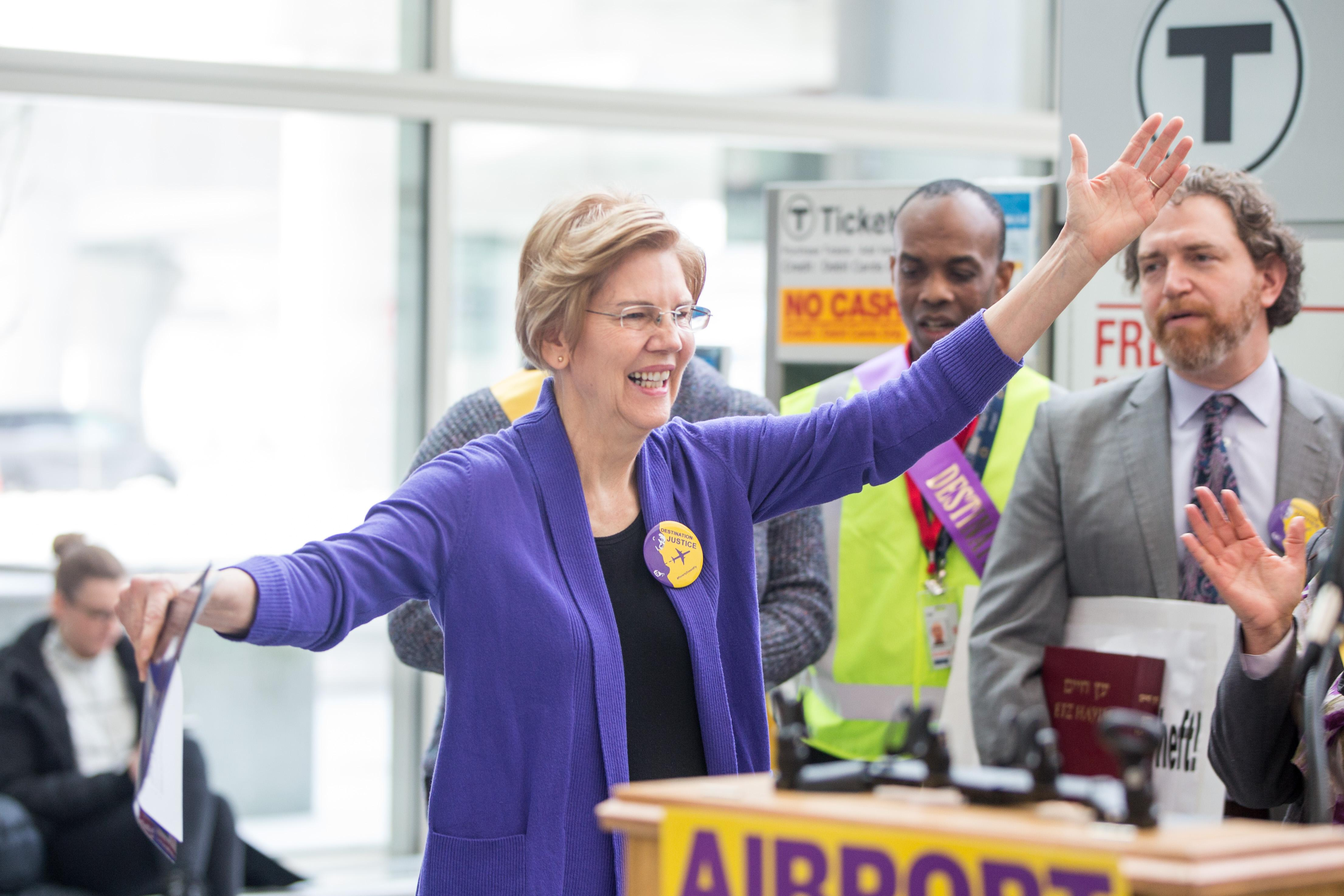 BOSTON, MA - JANUARY 21:  Sen. Elizabeth Warren (D-MA), attends a rally for airport workers affected by the government shutdown at Boston Logan International Airport on January 21, 2019 in Boston, Massachusetts.  As the partial government shutdown enters its fifth week, the stalemate between President Donald Trump and congressional Democrats continues as they cannot come to a bipartisan solution on border security.  (Photo by Scott Eisen/Getty Images)