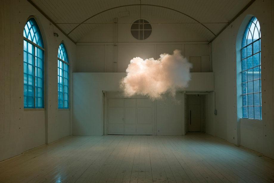 Berndnaut Smilde, Nimbus II, 2012, Cloud in room, c-type print on dibond, 75 x 112 cm, courtesy the artist and Ronchini Gallery, Photo Cassander Eeftinck Schattenkerk