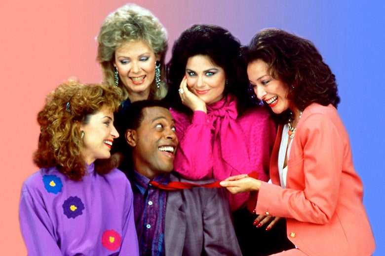 Annie Potts, Jean Smart, Meshach Taylor, Delta Burke, and Dixie Carter in a Designing Women promotional photograph.