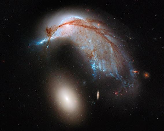 Arp 142 by Hubble