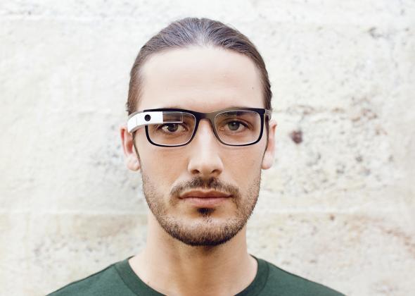 "Google Glass ""bold"""