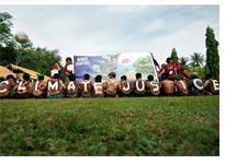Environmental activists. Click image to expand.