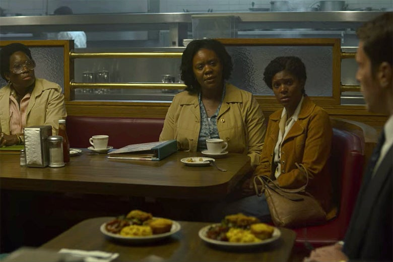 Three mothers of Atlanta Child Murder victims and an FBI agent in Mindhunter Season 2