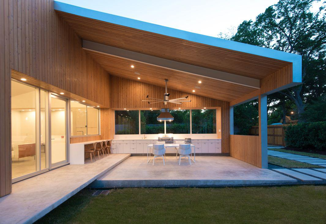 19.06 Nested House-outdoor kitchen and dining porch
