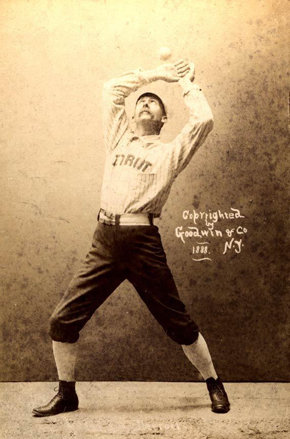Spalding Baseball-Fleat-Dating