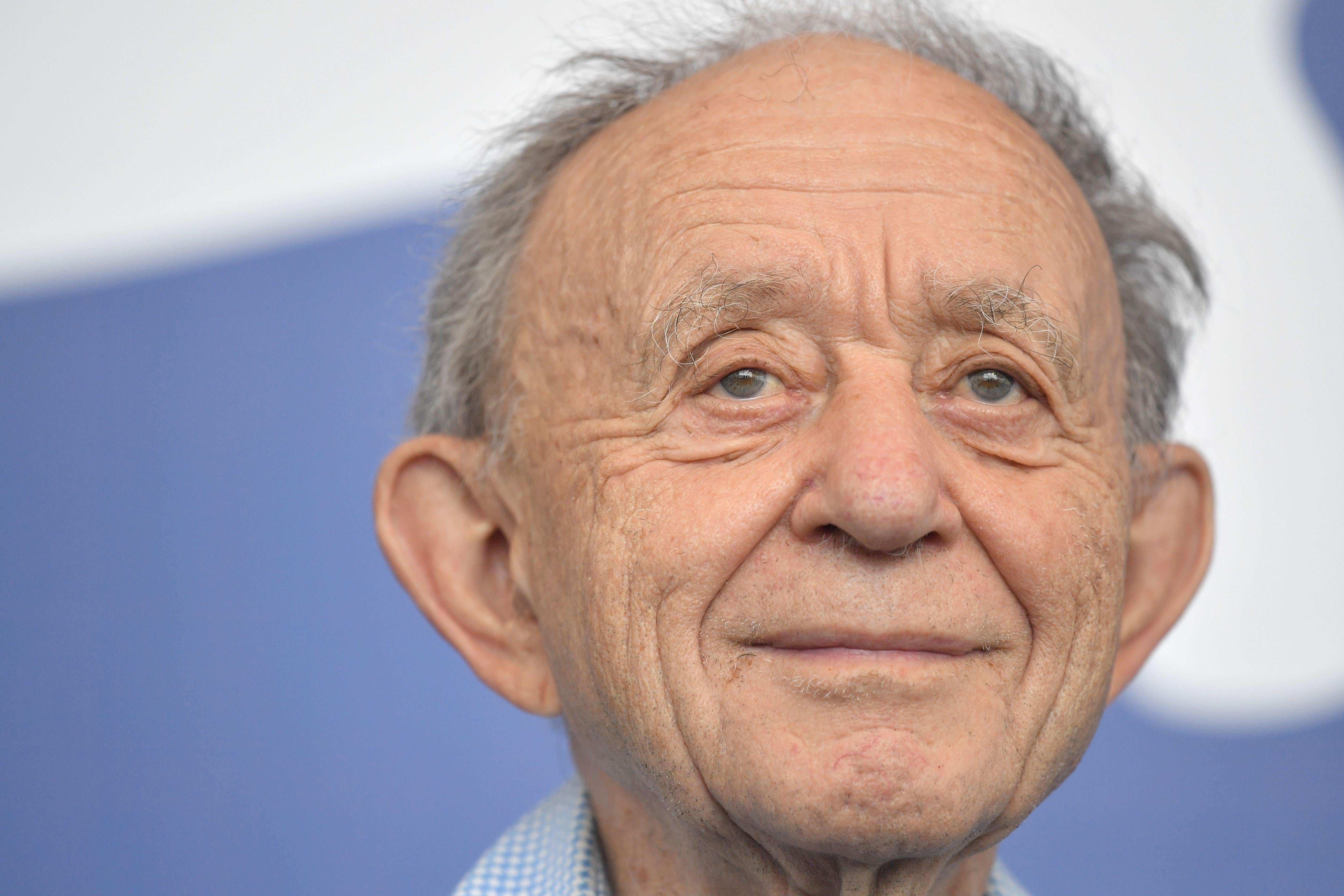Director Frederick Wiseman attends the photocall of the movie 'Ex Libris - The New York Public Library' presented in competition at the 74th Venice Film Festival on September 4, 2017 at Venice Lido.  / AFP PHOTO / Tiziana FABI        (Photo credit should read TIZIANA FABI/AFP/Getty Images)