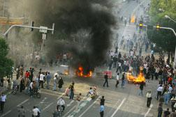 Tehran, IRAN protest. Click image to expand.