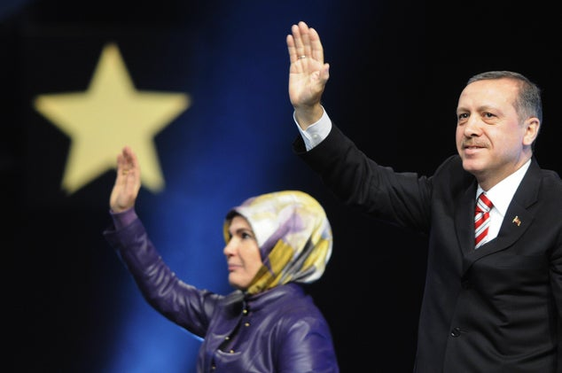 Turkey Facing Political and Economic Meltdown