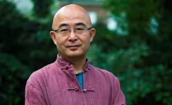 Author Liao Yiwu.