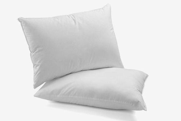 Le'vista Hotel Collection Plush Down-Alternative Pillows