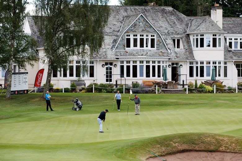 Millennials aren't joining country clubs because they are