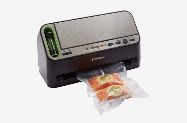 FoodSaver V4440 2-in-1 Vacuum Sealer Machine.