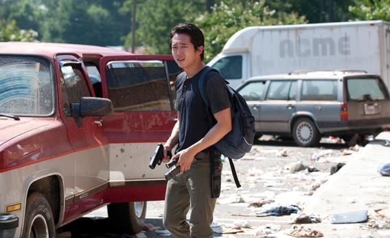Glenn (Steven Yeun) in Walking Dead