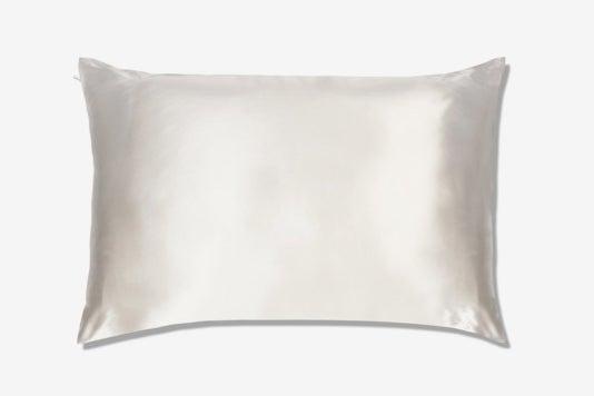 The Hollywood Silk Solution Pillowcase.