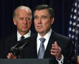 Gil Kerlikowske (R). Joseph Biden (L). Click image to expand.