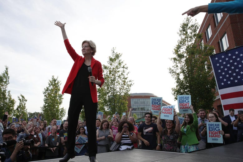 FAIRFAX, VIRGINIA - MAY 16:  Democratic U.S. presidential hopeful Sen. Elizabeth Warren (D-MA) waves during a campaign town hall at George Mason University May 16, 2019 in Fairfax, Virginia. Sen. Warren held a town hall to tell her plans for Americans and answer questions from voters.  (Photo by Alex Wong/Getty Images)