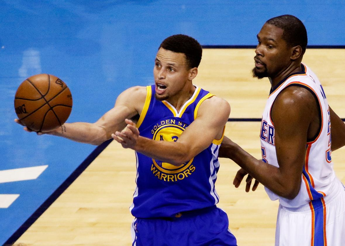 a5850c55acf Stephen Curry of the Golden State Warriors and Kevin Durant