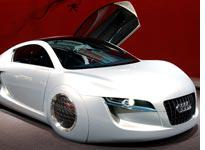 Audi RSQ sports coup from I, Robot. Click image to expand.