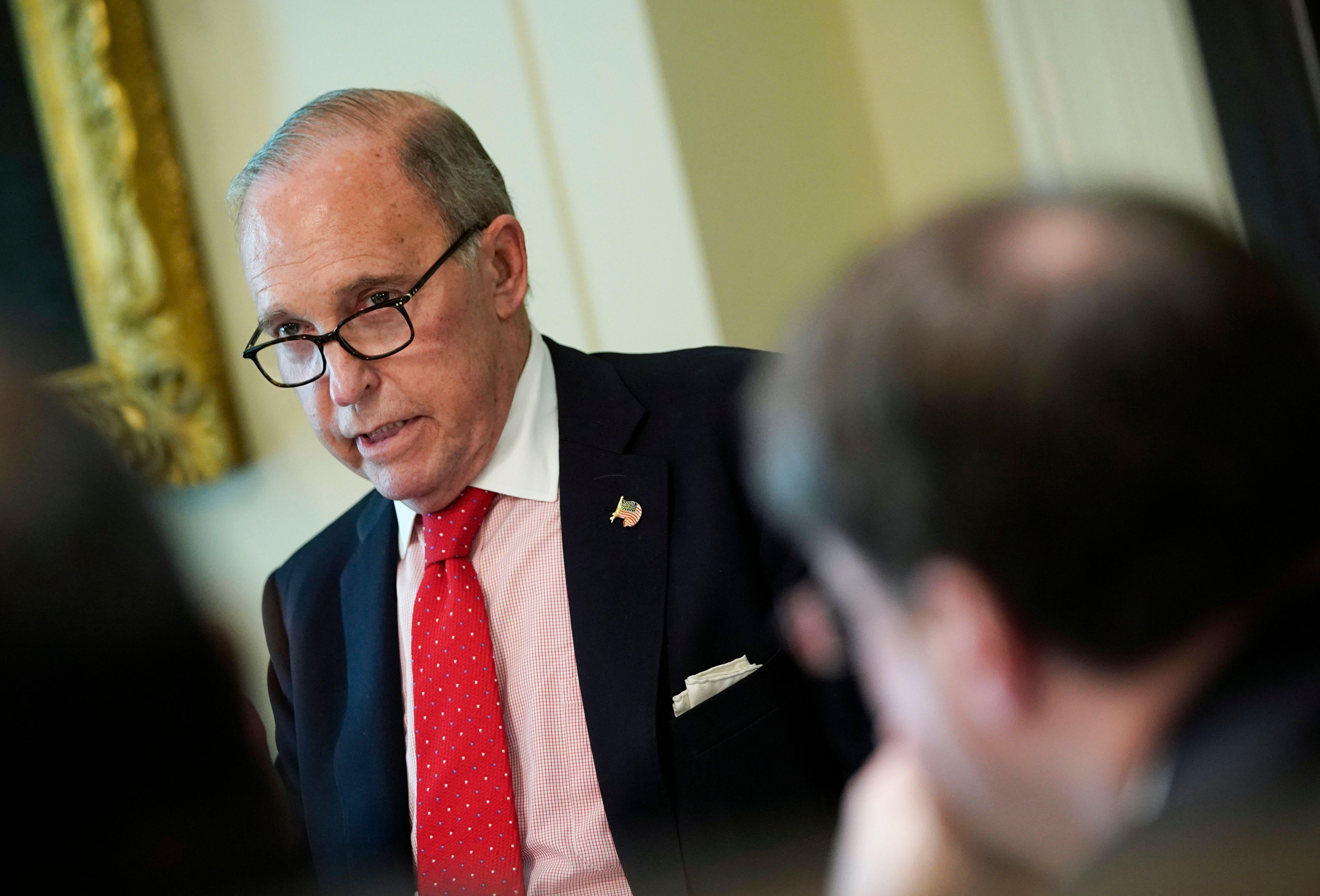 National Economic Council Director Larry Kudlow takes part in a Cabinet meeting in the Cabinet Room of the White House on August 16, 2018 in Washington, DC. (Photo by MANDEL NGAN / AFP)        (Photo credit should read MANDEL NGAN/AFP/Getty Images)