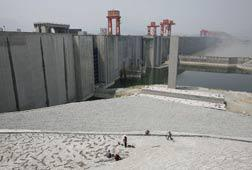 Three Gorges Dam. Click image to expand.