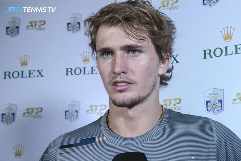 Zverev with no markings on his neck