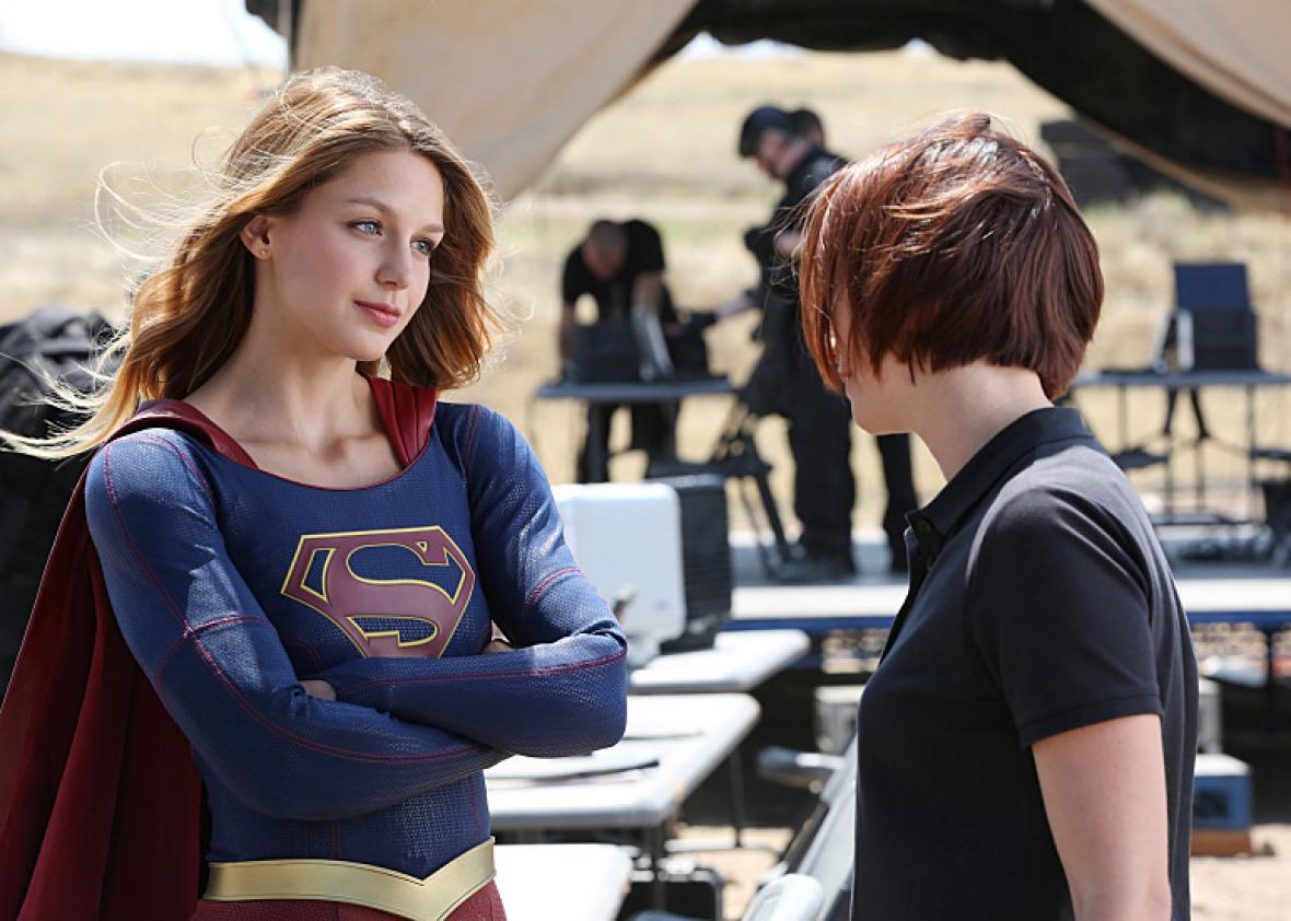 Melissa Benoist and Chyler Leigh in Supergirl.