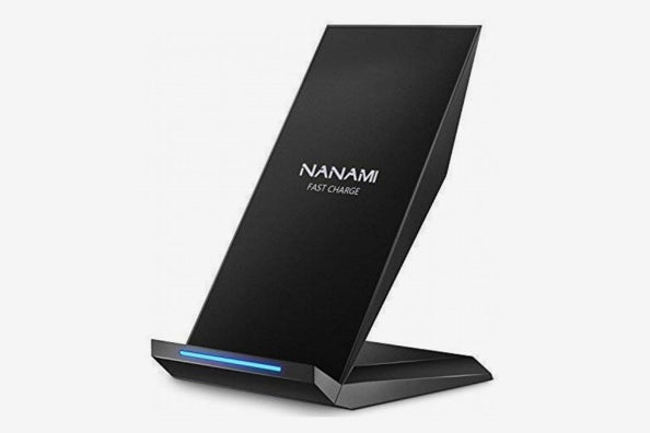 Nanami Fast Wireless Charger.
