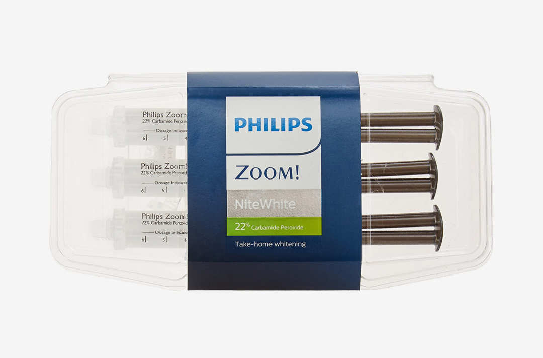 Philips Zoom Nite White 22% Syringe Pack.