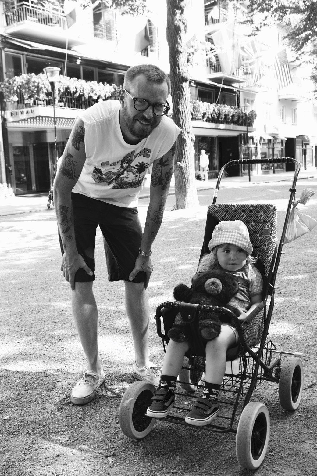 Stockholm is teeming with parks, playgrounds, and other green spaces for families. I met this father and his daughter while they crossed through the city park Mariatorget on the island of Södermalm.